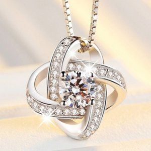 *NEW 925 Sterling Silver Diamond Infinity Necklace